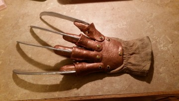 Freddy Glove Project (12)
