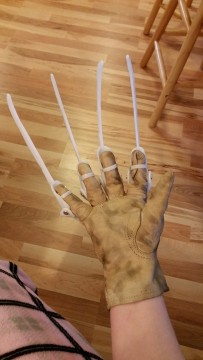 Freddy Glove Project (3)