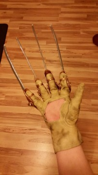 Freddy Glove Project (9)