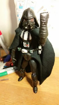 darth_vadar_figurine_2