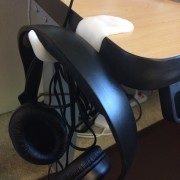 headphone desk clip