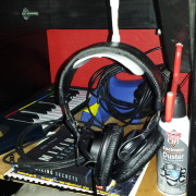 headphonestand2