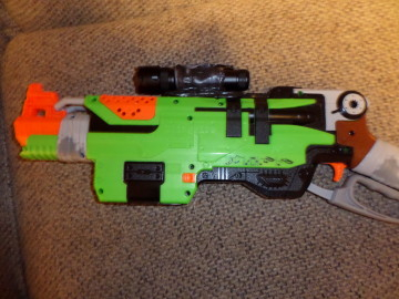 nerf_flashlight2